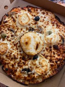 La pizza Chèvre du restaurant pizzeria grill le moulin à cherbourg